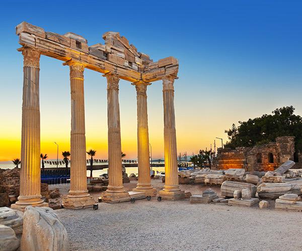 Antalya, Templul lui Apollo