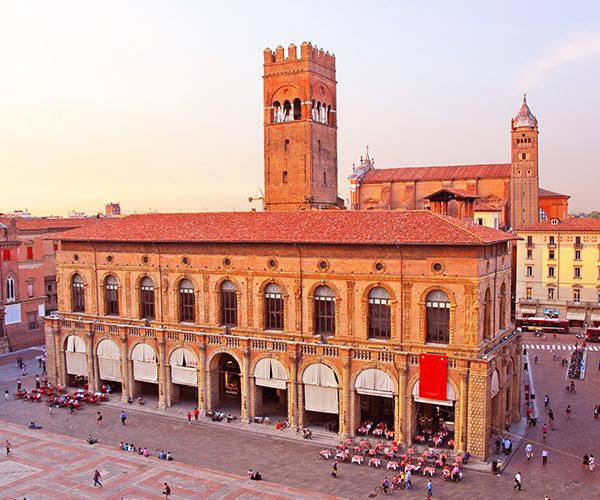 Bologna, Palatul Regelui Enzo