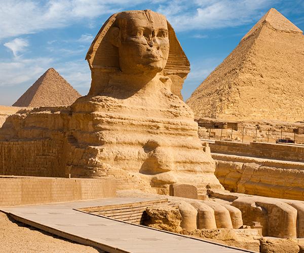 Sfinxul din Cairo