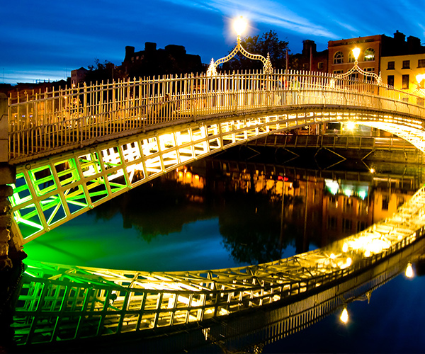 Dublin, Ha'penny bridge, Irlanda